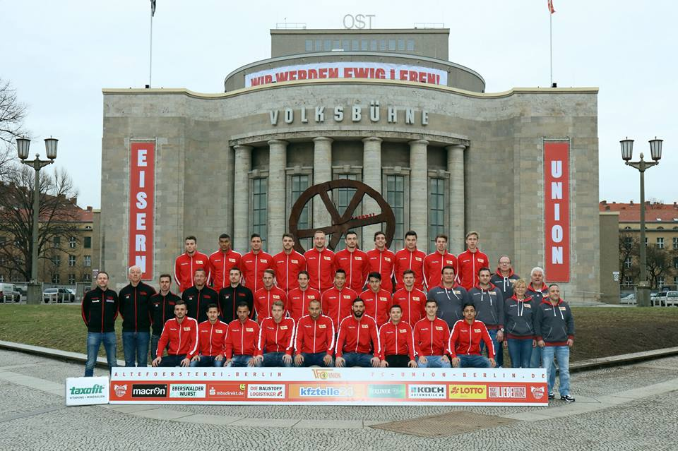 "Foto di gruppo. Foto: pagina Fb ""Die Eisernen"""