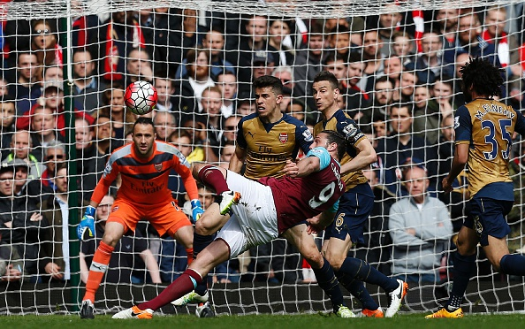 West Ham Arsenal Carroll