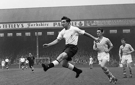 La leggenda Bobby Smith, protagonista del double nel 1961