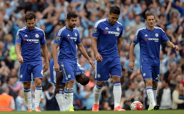 (L-R) Chelsea's Spanish midfielder Cesc