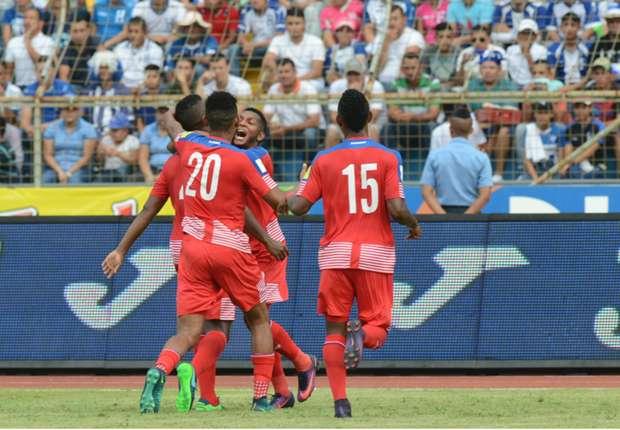 Esultanza di Escobar, match-winner per Panama