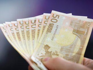 Villarreal soldi denaro mercato finanze